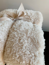 Load image into Gallery viewer, Sherpa Throw Blanket (Light Beige)