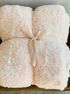 Sherpa Throw Blanket (Pale Pink)