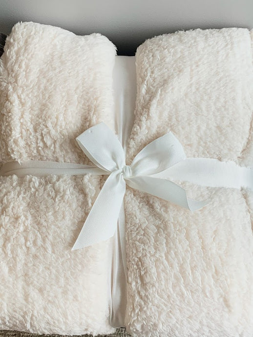 Sherpa Throw Blanket (Ivory) Super Plush