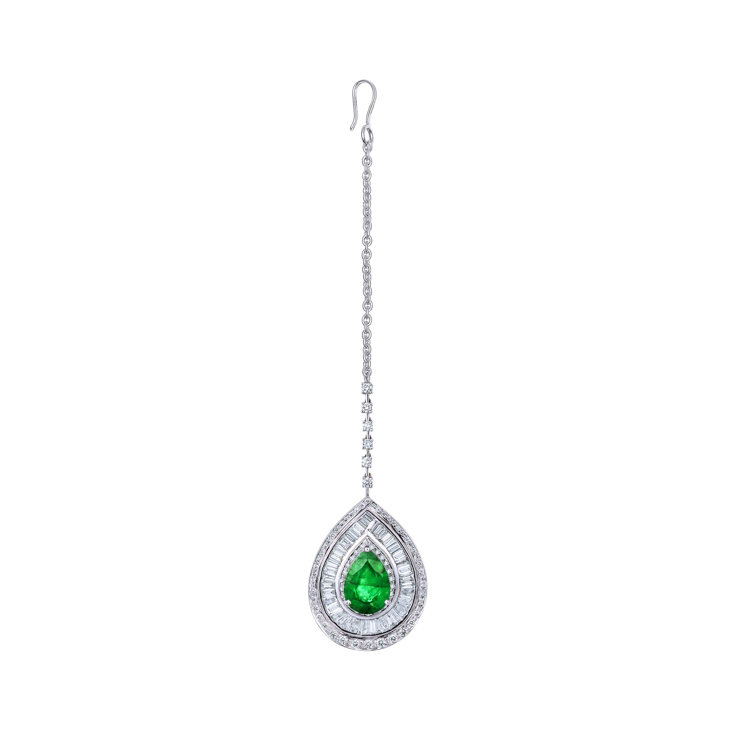 Emerald and Diamond Maangtikka