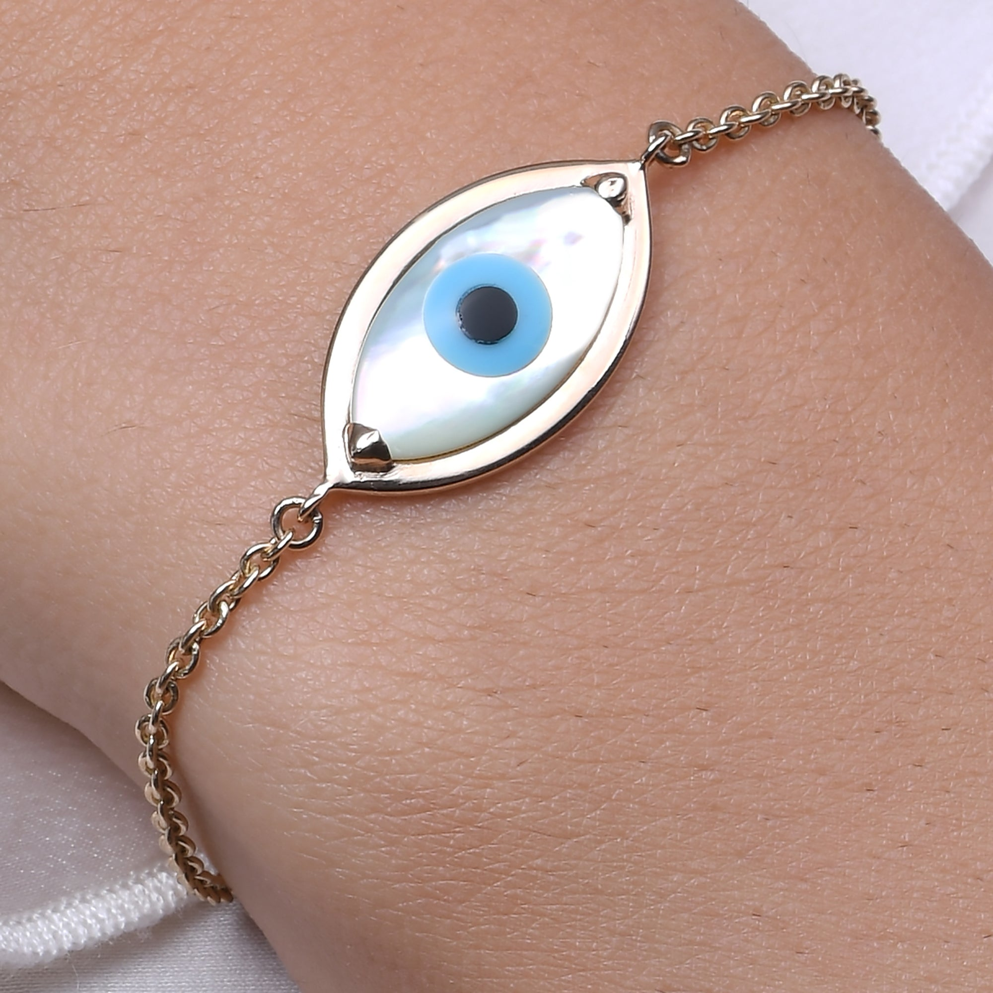 Small Marquise Evil Eye Chain Bracelet