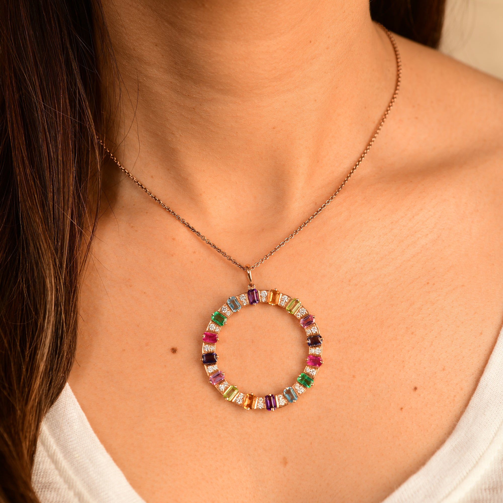 Multi-coloured O Pendant