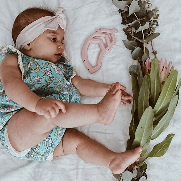 The Feather Teether - Powder Blush