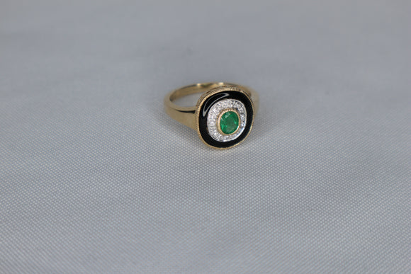 9ct gold Onxy ,Emerald and Diamond  Ring
