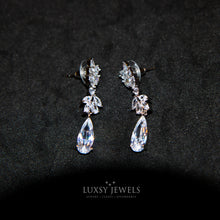 Load image into Gallery viewer, Belgravia Earrings - Luxsy Jewels