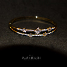 Load image into Gallery viewer, Luxsy Crown Bangle - Luxsy Jewels