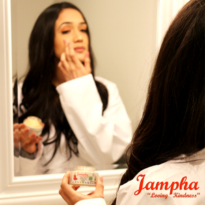 Jampha Close Up: Vibrant Face CBD Topical