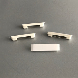 Brooch pin with foam tape 32mm