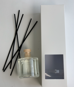 Classic White T Reed Diffuser