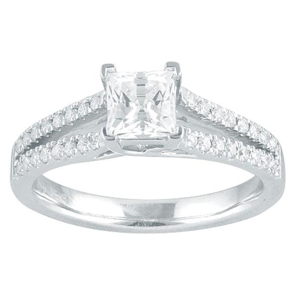 Princess Cut Diamond Engagement Ring With Diamond Shoulders