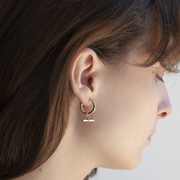 Najo T-bar Hoop Rose Earring