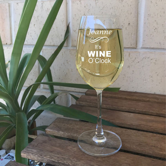 Engraved wine oclock glass