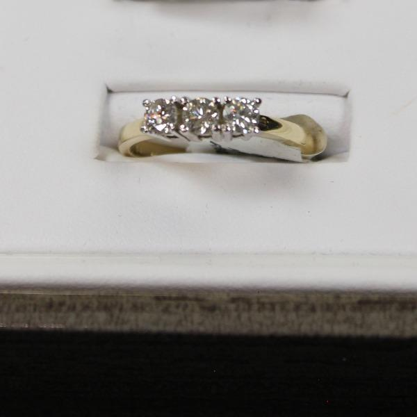Past, Present & Future Anniversary Ring  | 14kt white Gold and 14kt yellow gold - Sugold Jewellers & Giftware
