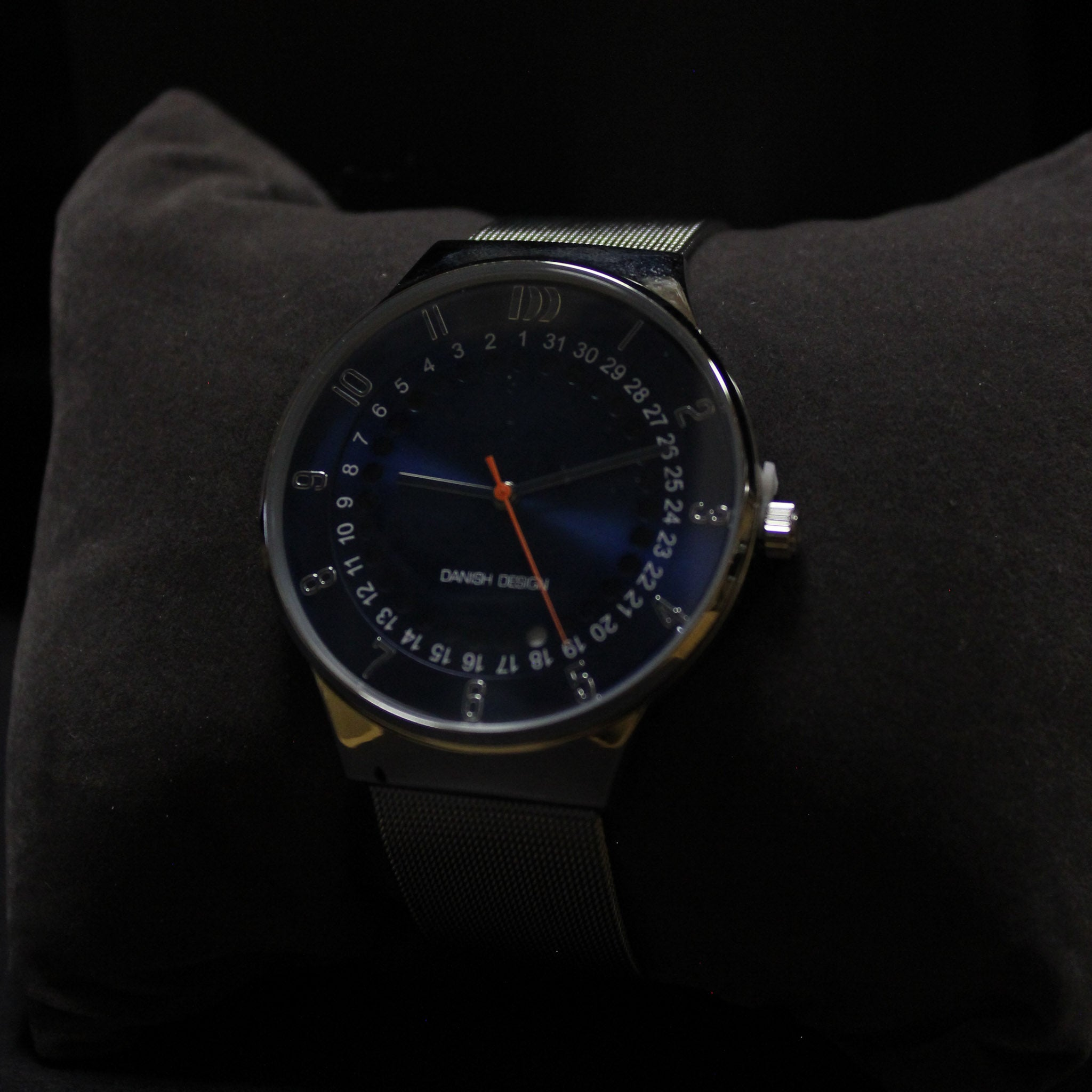 The New Yorker - Blue Stainless Steel Mesh Band Watch | Danish Design