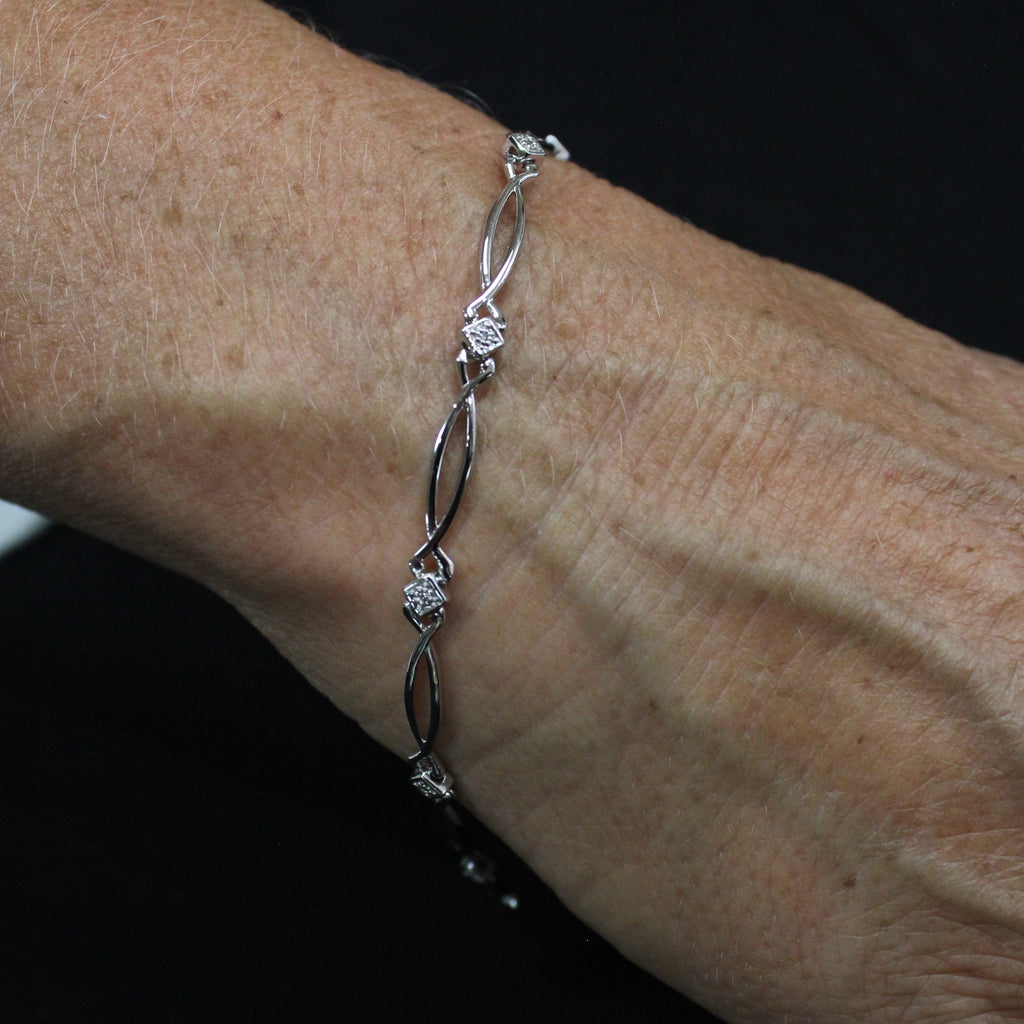 Wave Diamond Bracelet | White Gold - Sugold Jewellers & Giftware
