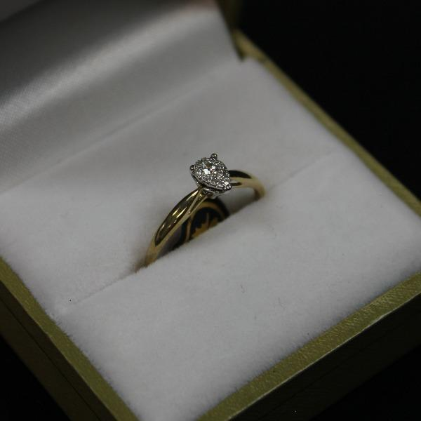 Teardrop Centre Set Diamond Ring | 10kt yellow Gold - Sugold Jewellers & Giftware