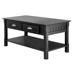 Coffee table with roomy tabletop