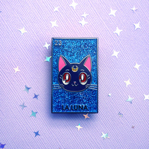 La Luna Pin (Glitter Background)