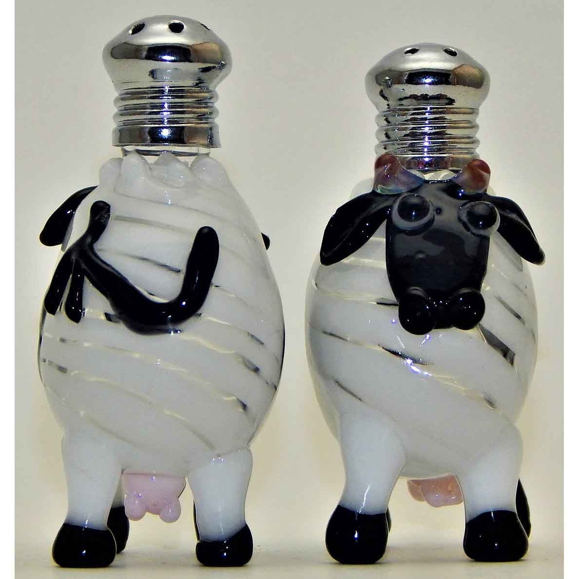 Cows Blown Glass Salt and Pepper Shaker 260 by Four Sisters Art Glass