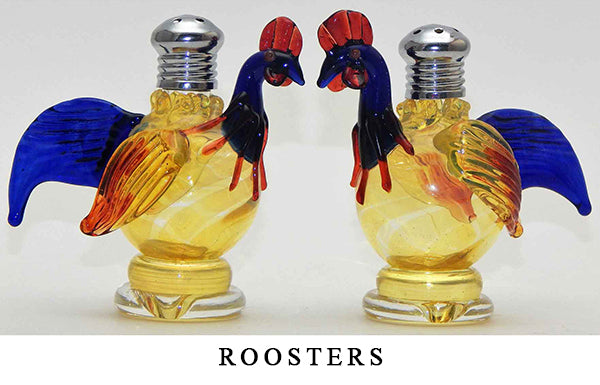 Roosters Blown Glass Salt and Pepper Shaker 252 by Four Sisters Art Glass