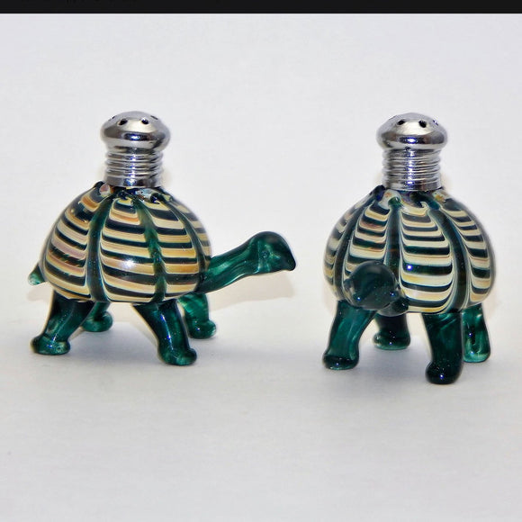 Four Sisters Art Glass Tortoise 274 Salt and Pepper Shaker Artistic Glass Salt and Pepper Shakers