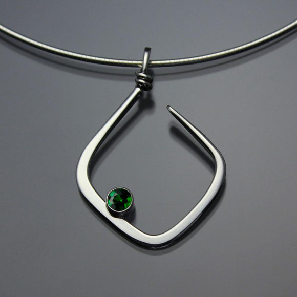 John Tzelepis Jewelry Sterling Silver Chrome Diopside Pendant Necklace PEN050CD Handcrafted Artistic Artisan Designer Jewelry