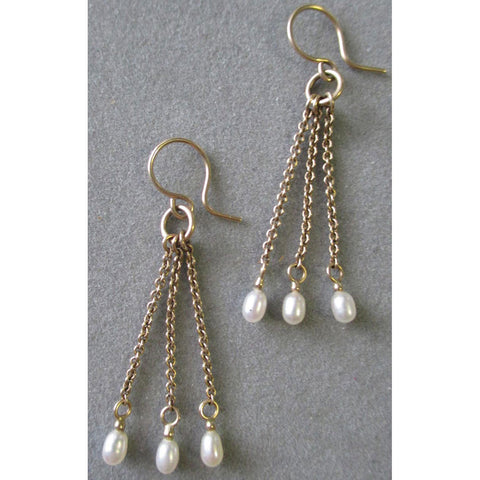 Richelle Leigh 14Kt Gold Pearl & Chain Earrings ER60YG Artistic Designer Handcrafted Jewelry