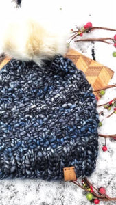 Lux merino wool hat with pom