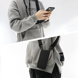 Two ways to wear the strap of the silicone iphone case