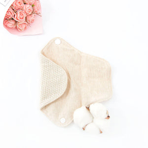 organic cotton panty liner with meshed inner layer design