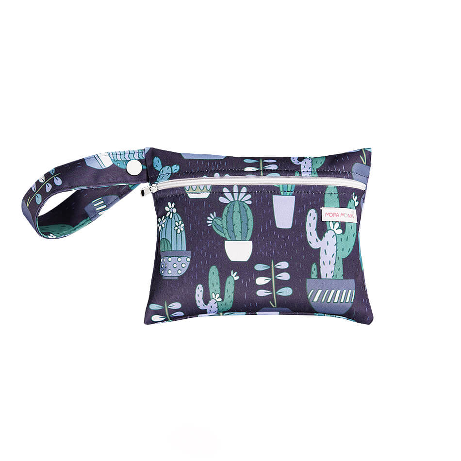 Washable wet/dry bag for storing cloth menstrual pads with cactus print