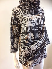 Esme Pullover ~ Graphic Designs in Black and Gold