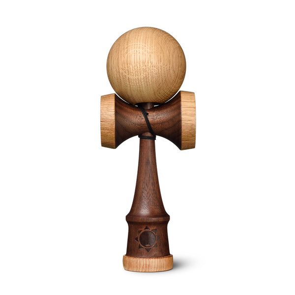 Sol Kendamas - Flow - Walnut w/ Oak cups