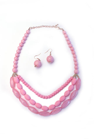 The Sandy Beaded Necklace & Earrings Set in Baby Pink