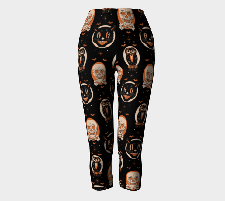 Halloween Treat Leggings CAPRI (1676679839799)