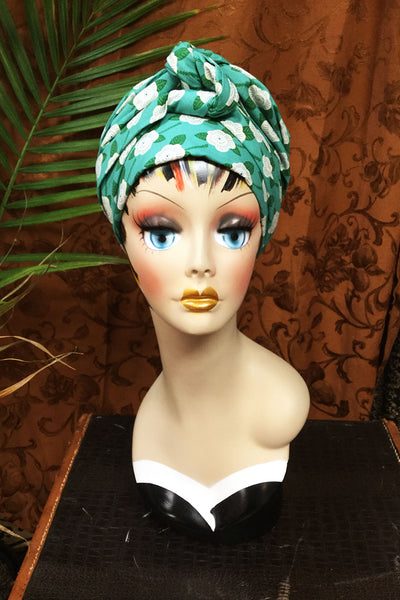 Swirling Turban Retro Green Rose