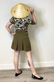 Foxy 30s Pleated Shorts Khaki