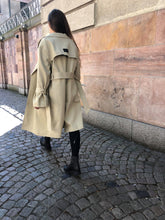 Load image into Gallery viewer, Laki Trench Coat