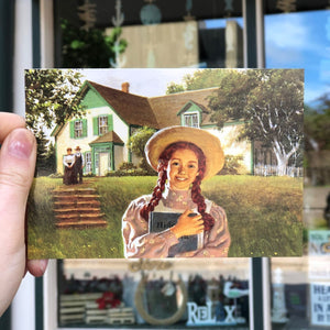 Splendid Day postcard Anne Of green Gables