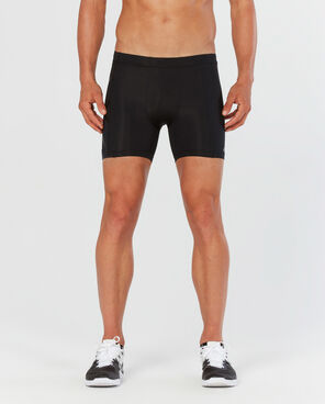 2XU M Compression 1/2 Short (Black/NRO)