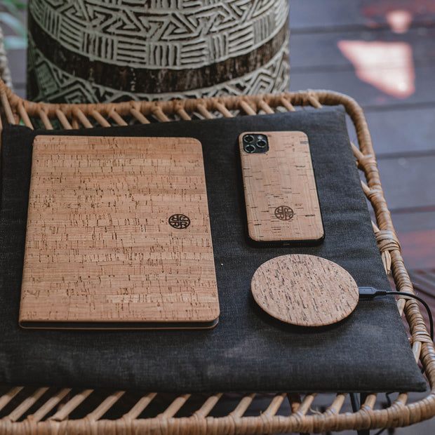 Cork Qi Enabled Wireless Smartphone Charger