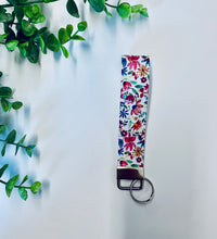 Load image into Gallery viewer, Key Chain Wristlets