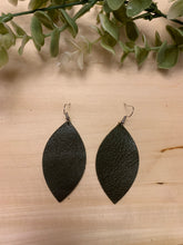 Load image into Gallery viewer, Leaf Shaped Leather Earrings