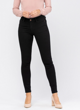 Load image into Gallery viewer, Mid-Rise Non Distressed Black Skinny Jeans