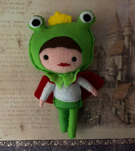 Frog Prince Poppet for Attracting Romantic Love