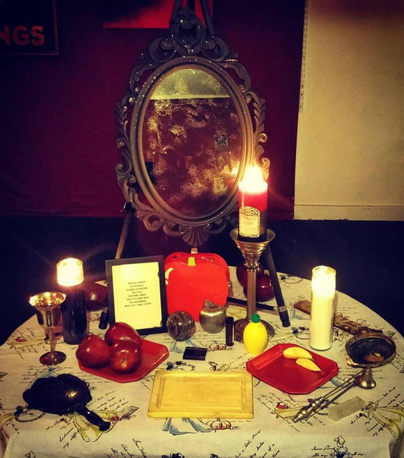 Snow White Magick Mirror Full Moon Ritual