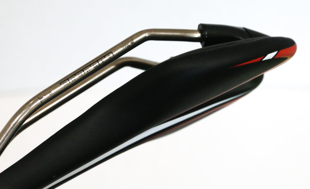 Velo 1557 Light Titanium Rail Road MTB Bike Saddle Seat 241g Black/Red NEW