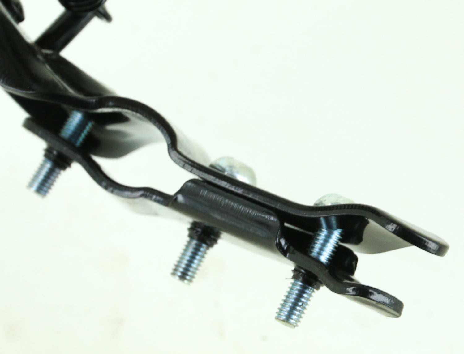 Nuvo Rear Mounted Bike Kickstand Steel Black Clamps to Chainstay NEW