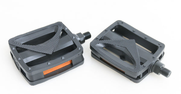 "VP Resin 9/16"" Spindle Bicycle Platform Pedals 3.75"" x 3.5"" x 1.1"" NEW"