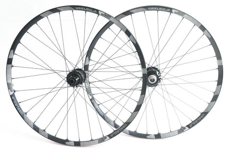 "E-Thirteen LGR1 650b 27.5"" Mountain Bike Wheelset 8-11s Shimano 12/20mm Thru NEW"